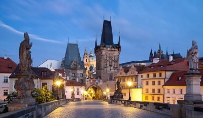 Летняя международная политологическая школа в Праге «Экономика и политика в условиях мирового финансово-экономического кризиса»