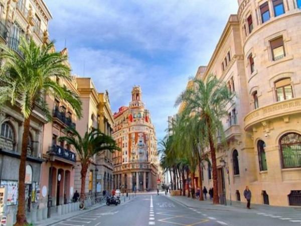 Летние курсы испанского языка в Валенсии (Испания)