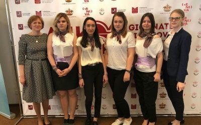 Студенты факультета международного регионоведения и регионального управления на итало-российском экономическом форуме