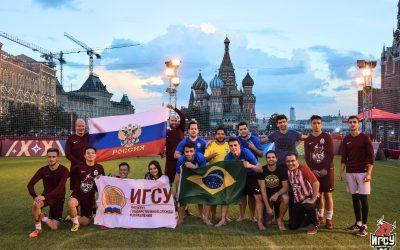 Состоялся товарищеский матч между ФК ИГСУ и командой болельщиков сборной Бразилии