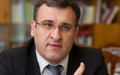 Директор ИГСУ Игорь Барциц: «Нас объединяет Конституция»