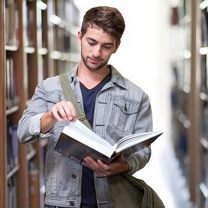 Социальные последствия COVID-19: новые аспекты и траектории образования для управленцев