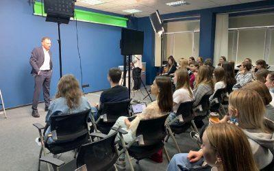 Первое очное занятие Школы молодого журналиста ИГСУ в новом году