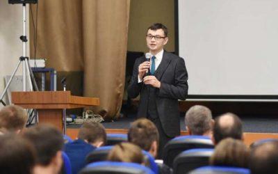 Булат Назмутдинов: законы поменялись, а образование нет: что не так с юридическими факультетами в России